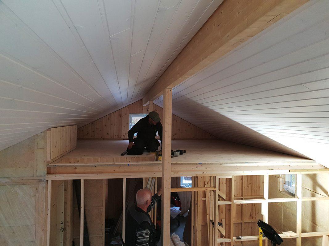 Bilde fra innsiden av hytten. Dag 21-45. Foto
